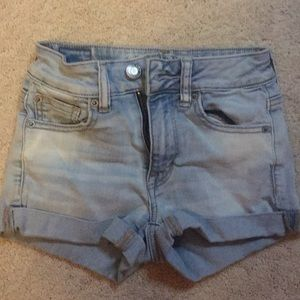 Light washed American eagle shorts